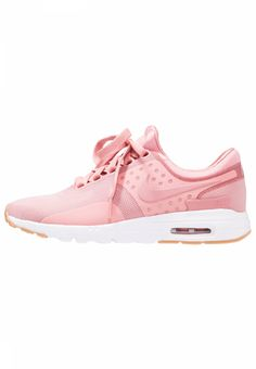 AIR MAX - Trainers - red stardust. Shoe tip:round. Lining:textile. upper material:synthetics/texile. shoe fastener:laces. Pattern:plain. Insole:textile. Padding type:Cold padding. Heel type:flat. Sole:synthetics