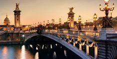 Paris Night Bike Tour with Boat Cruise on Seine River Paris At Night, Pont Paris, Canal Saint Martin, Paris Wallpaper, Hd Wallpaper, Bridge Wallpaper, Wallpaper Stickers, Travel Wallpaper, Sites Touristiques
