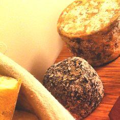 #quesos artesanos asturianos de cabra