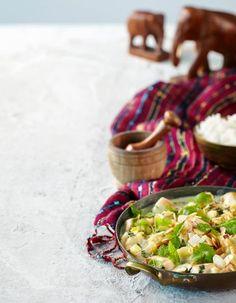 Broileribalti Hara Masala on lempeän yrttinen ja usein väriltään vihreä Intilainen kastikeruoka.