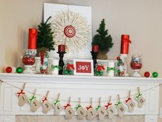 97+ Awesome Christmas Decoration Trends & Ideas 2018  - How are you going to decorate your home for Christmas this year? In order to enjoy celebrating Christmas or any other special occasion with family, fr... -   -  #pouted #fashionmagazine #poutedlifestylemagazine #trends - Get More at: https://www.pouted.com/97-awesome-christmas-decoration-trends-ideas-2018/