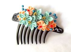 Tsumami Kanzashi Japanese Inspired Floral Comb by ScarlettandMaria
