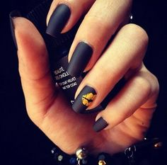 Matte black with a gold kiss, love.