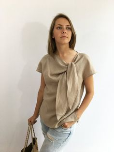 Light Linen Top Elegant Womens Top Linen blouse Linen Shirt Women Plus size top Made To Measure Top Plus size blouse linen women Boho Bluse, Latest Fashion For Women, Womens Fashion, Smart Outfit, Short Tops, Linen Dresses, Plus Size Blouses, Elegant Woman, Look Fashion