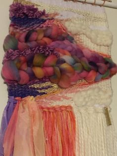 Frambuesa tejido del colgante de pared arte de la pared de Fiber Art, Hair Styles, Etsy, Beauty, Raspberry, Wool Yarn, Silk, Pendants, Art
