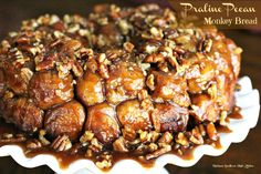 Praline-Pecan Monkey Bread - I can still remember my first ooey gooey taste of praline pecan monkey bread. It tasted like a bite of heaven, I thought to myself.