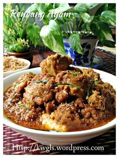 A Dish That Existed In The 15th Century Or Earlier?–Rendang Ayam (马来仁当鸡)#guaishushu  #kenneth_goh  #rendang_ayam