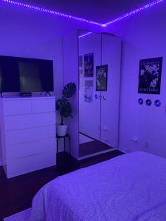 Room Design Bedroom, Room Ideas Bedroom, Teen Bedroom, Bedroom Decor, Tumblr Room Decor, Tumblr Rooms, Teen Room Decor, Gamer Room, Luz Led