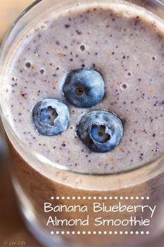 Blueberry Banana Almond Smoothie