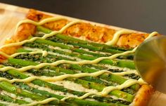 This cheesy asparagus tart is just about the best brunch food you can eat. Learn how to prepare it, and also enjoy a bonus video showing you how at the bottom. Asparagus Tart, Green Beans, Zucchini, Frittata, Canning, Vegetables, Brunch Food, Pizza, Content