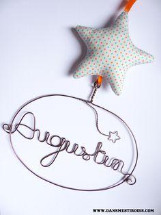 Une étoile au prénom de votre enfant Chambre enfant déco cadeau annviersaire naissance baptême Fait main par www.dansmestiroirs.com http://www.dansmestiroirs.com/boites.php