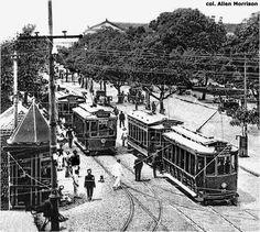 Centro comercial de Belém. Início do século XX. Bondes.