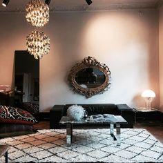 Tors: 12-18 | Fre 12-18 | Lör 10-15 | Drottninggatan 15 Helsingborg  #ballroomblitzz #marieolssonnylander #winkdesign #interior #cheramics #clutch #shoes #sandal #pillow #vintage #jewellery