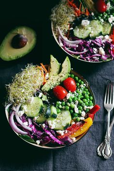 Everything Spring Green Salad. A beautiful & healthy spring green salad with fresh produce seeds avocado & the BEST basil lemon vinaigrette. Vegetarian Recipes, Cooking Recipes, Healthy Recipes, Vegetarian Salad, Healthy Meals, Lemon Basil Vinaigrette, Clean Eating, Healthy Eating, Dinner Healthy