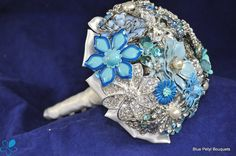 Vintage Brooch Bouquet | Vintage Brooch Bouquet