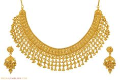 Two luxurious gold necklace sets are uploaded in this post. Every golden necklace looks very attractive and exclusive. It contains of huge gold carat which usually makes the necklace very expensive. Gold Jewellery Design, Gold Jewelry, Gold Necklaces, Jewellery Box, Diamond Jewellery, Gold Bangles, Pearl Jewelry, Jewelry Art, Gold Set