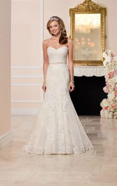 6272 Fit and Flare Wedding Dress with Sweetheart Neckline by Stella York  Fitted Wedding Gown 8ce46960cb96