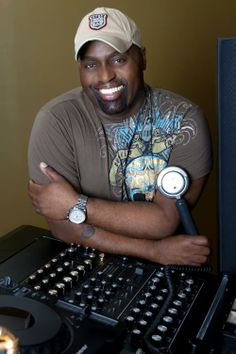 Musical genius_Honorable Multi Talented Musician, Producer and DJ sets. The provenance/root of house music_ The 'Don Godfather of house music' _Frankie Knuckles Techno Music, Dj Music, Indie Music, Music Mix, Music Love, Dance Music, Music Is Life, House Music Artists, Frankie Knuckles