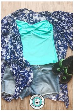 Use bandeau tankini and bikini as base garments to keep cool and stylish all day and night. Festival Fashion, Festival Style, Bandeau Tankini, Swimwear Fashion, Real Life, Spring Fashion, How To Look Better, Cool Stuff, Spring Style