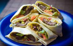 Burrito z warzywami po meksykańsku Tacos, Mexican, Ethnic Recipes, Food, Essen, Meals, Yemek, Mexicans, Eten