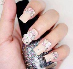 nude bling nail art
