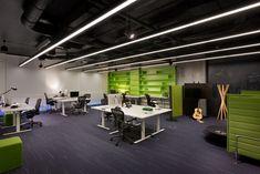 Computer Chip Inspires Design of Software Company's Toronto Office - http://freshome.com/software-company-toronto-office/