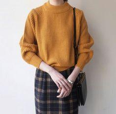 Look para o inverno: blusa de lã + saia xadrez = muito amor