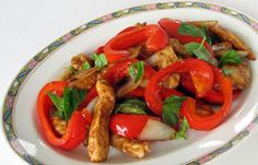 SOS Cuisine - Basil-flavoured Chicken and Pepper Stir-fry