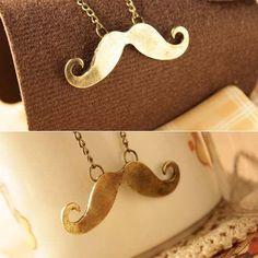 Colar mustache dourado
