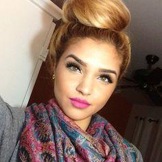 ❤ Hair & Makeup. #bun #pinklips #lushlash
