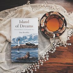 Island of dreams by Dan Boothby Books And Tea, I Love Books, Good Books, Books To Read, My Books, Book Flatlay, Book Study, Book Aesthetic, Book Photography