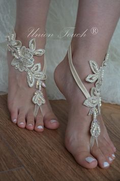 Champagne french lace sandals wedding anklet Beach por UnionTouch