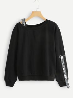 Shop Letter Tape Sweatshirt at ROMWE, discover more fashion styles online. Teen Fashion Outfits, Kpop Outfits, Fashion Mode, Mode Outfits, Cute Fashion, Stylish Outfits, Korean Fashion, Girl Fashion, Girl Outfits