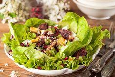 Πράσινη σαλάτα με φρούτα, κράνμπερι και μανούρι