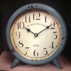 ★Metal Primitive Aqua Green ★Table Clock★Country Clock With Primitive Face