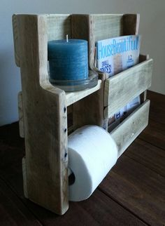This magazine rack/toilet paper holder was made from reclaimed and repurposed natural pallet wood- it has not been stained or sealed with Pallet Crafts, Diy Wood Projects, Wood Crafts, Woodworking Projects, Palette Deco, Pallet Designs, Pallet Creations, Pallet Shelves, Wood Pallets