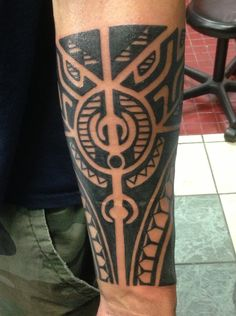 Polynesian lower arm #polynesian #tahitian #tribaltattoos #tattoos #tribal #tamoko
