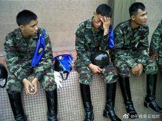 Man Boots, Riding Boots, Police Uniforms, Military Men, Real Men, Asian Men, Cops, Black Boots, Equestrian