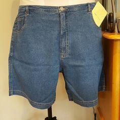 Denim & Company jeans shorts Cotton spandex blend jean shorts. Cargo pockets, lightweight, brand new and never worn. Denim & Company Shorts Jean Shorts