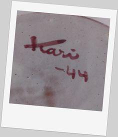 Kari Nyquist (1918 - 2011) Vi kjente fra før først og fremst hennes arbeider som designer for Stavangerflint 1955 -1979 Pottery Marks, Norway, Henna, Scandinavian, Ceramics, Retro, Art, Ceramica, Art Background