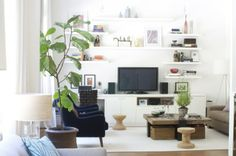 Decorating around the tv - floating shelves