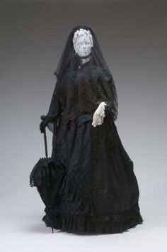 Mourning Ensemble1880The Mint Museum
