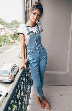 Cozy 60 Best and Popular Women's Overall Outfits for Your Perfect Summer https://www.tukuoke.com/60-best-and-popular-womens-overall-outfits-for-your-perfect-summer-3849