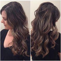 Beautiful Balyage done by @jolanmagnan . Enjoy the weekend! #balyage #curls #brownandblonde #headlinessalonspa #greatday #manulifeplace #yegsalon #yegdt #beauty #yeggers #yegstylist #fabulous #hair