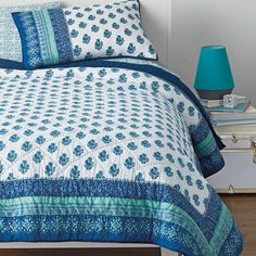 Waverly Back-To-Campus Quilt Set