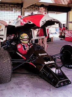 Ayrton Senna McLaren/Honda - Antigo Autódromo do RIo de Janeiro, hoje destruido para a Rio 2016.
