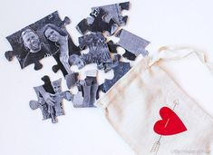 Create a thoughtful DIY puzzle that's not only inexpensive, but personal as… Paper Flower Wreaths, Flower Crafts, Paper Flowers, Create Your Own Picture, Diy Craft Projects, Fun Crafts, Tree Crafts, Photo Projects, Easy Valentine Crafts