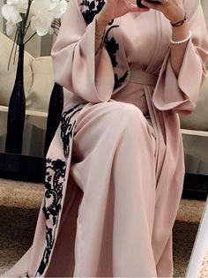 #pink #abaya #muslimah #dress #hijab  @rayhanafergani