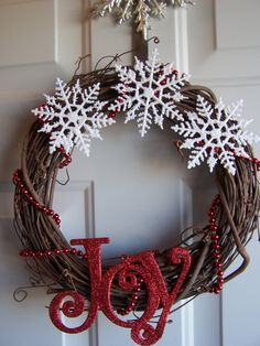 diy+christmas+wreaths+for+front+door | Homemade Christmas Decorations Under 5 Bucks. | Mi Vida Azar