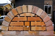 Diy Pizza Oven, Pizza Oven Outdoor, Diy Outdoor Bar, Four A Pizza, Best Oven, Backyard Fireplace, Wood Fired Pizza, Firewood, Stove